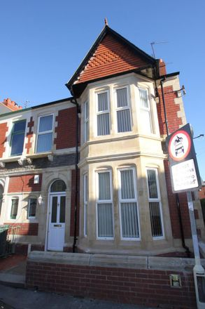 Rent this 3 bed house on Heathfield Place in Cardiff CF, United Kingdom
