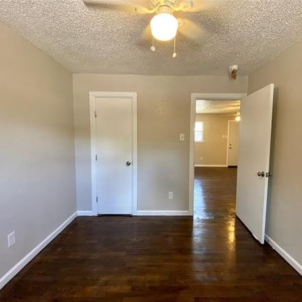 Rent this 2 bed apartment on 3910 Polly Street in Dallas, TX 75210