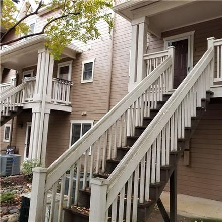 Rent this 2 bed townhouse on 333 Circle Avenue in Charlotte, NC 28207
