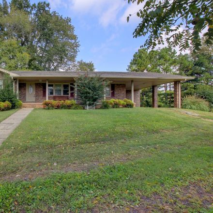 Rent this 3 bed house on Palmyra Rd in Clarksville, TN