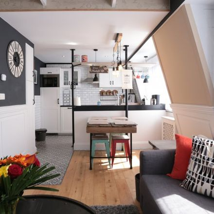Rent this 1 bed apartment on Rue du Midi - Zuidstraat 125 in 1000 Ville de Bruxelles - Stad Brussel, Belgium
