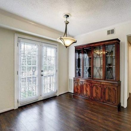 Rent this 2 bed condo on 2770 Briarhurst Drive in Houston, TX 77057