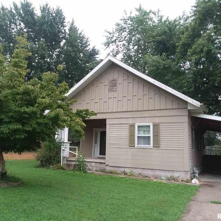 Rent this 2 bed house on 912 West Stotlar Street in Herrin, IL 62948