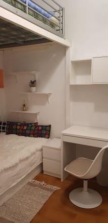 Rent this 1 bed room on Carrer de la Santa Creu in 1, 08024 Barcelona