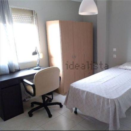 Rent this 3 bed room on Calle Cómpeta in 22, 29007 Málaga