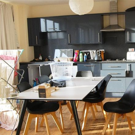 Rent this 5 bed apartment on Baltic Road in Stockton-on-Tees TS18 2EZ, United Kingdom