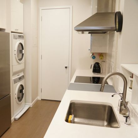 Rent this 2 bed apartment on 139 East 30th Street in New York, NY 10016