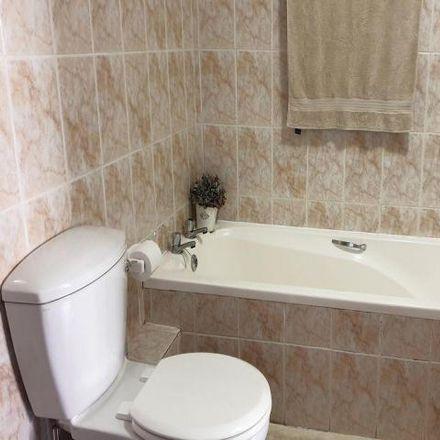 Rent this 2 bed townhouse on Glen Oak Street in Cape Town Ward 6, Kraaifontein