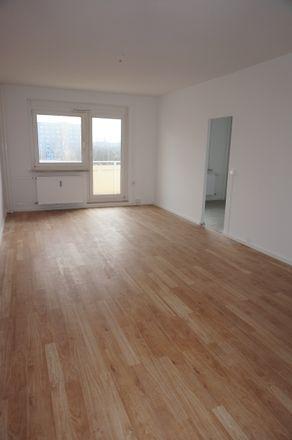Rent this 3 bed apartment on Straße Usti nad Labem 29 in 09119 Chemnitz, Germany