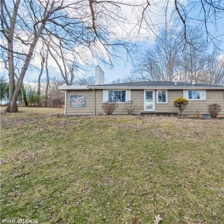 Rent this 3 bed house on Hulton Rd in Verona, PA
