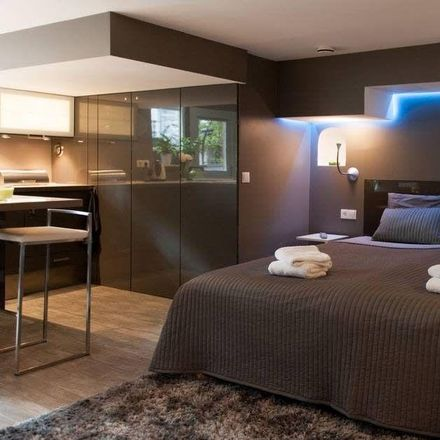 Rent this 0 bed apartment on Recht Boomssloot 47 in 1011 CN Amsterdam, Netherlands