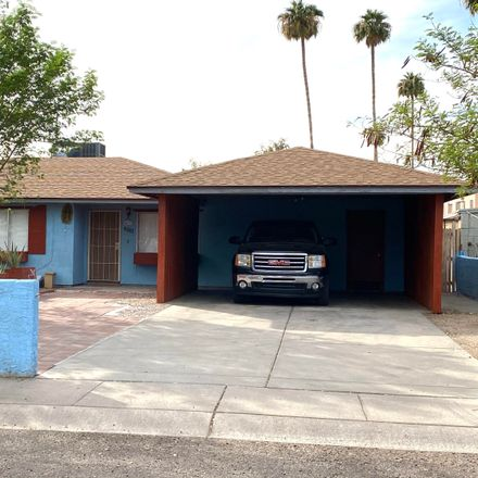 Rent this 3 bed house on 2828 North 46th Avenue in Phoenix, AZ 85035