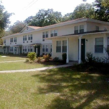 Rent this 3 bed apartment on Green Cove Springs