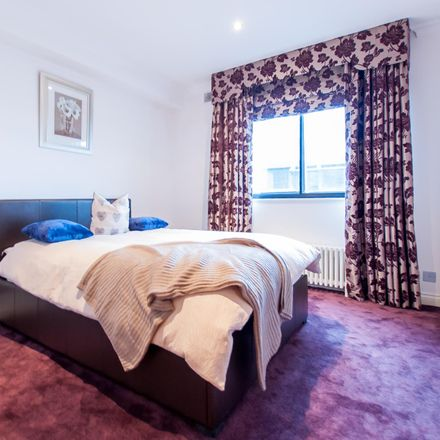 Rent this 5 bed room on Park Lorne in 111 Park Road, London NW1 6XU