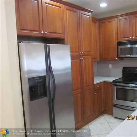 Rent this 3 bed townhouse on 6603 Catalina Lane in Tamarac, FL 33321