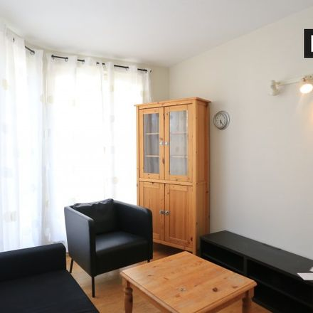 Rent this 1 bed apartment on Rue Général Leman - Generaal Lemanstraat 43 in 1040 Etterbeek, Belgium