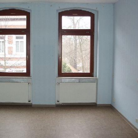 Rent this 3 bed apartment on Feuerwehrtechnische Zentrale Saalekreis in Am Dorfteich, 06217 Merseburg