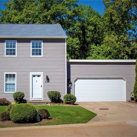 Rent this 3 bed condo on 14521 Cross Creek Lane in North Royalton, OH 44133