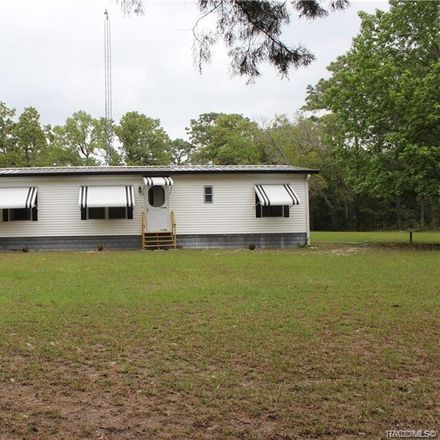 Rent this 3 bed house on 6127 West Meadow Street in Homosassa Springs, FL 34446