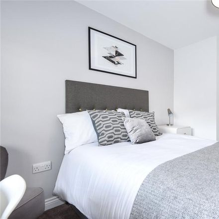 Rent this 1 bed room on 123 Curzon Street in Reading RG30 1BQ, United Kingdom