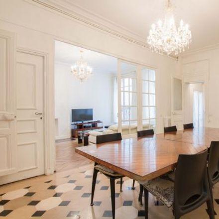 Rent this 3 bed apartment on 8 Rue Saint-Louis en l'Île in 75004 Paris, France