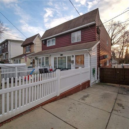 Rent this 3 bed house on 71st Street in New Utrecht Avenue, New York