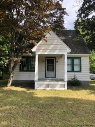 Rent this 2 bed house on Saratoga Rd in Schenectady, NY