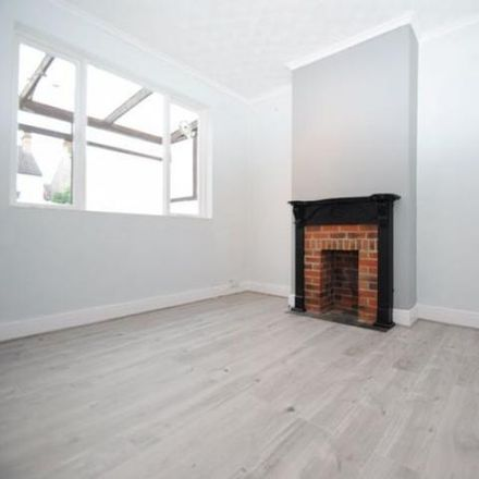 Rent this 1 bed apartment on Brightwell Avenue in Southend-on-Sea SS0 9EF, United Kingdom