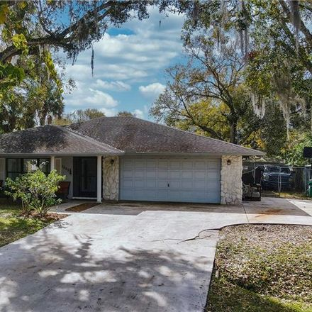 Rent this 4 bed house on Kenwood Rd in Fort Pierce, FL