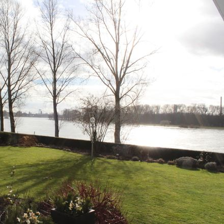 Rent this 4 bed apartment on Stammheim in Cologne, North Rhine-Westphalia