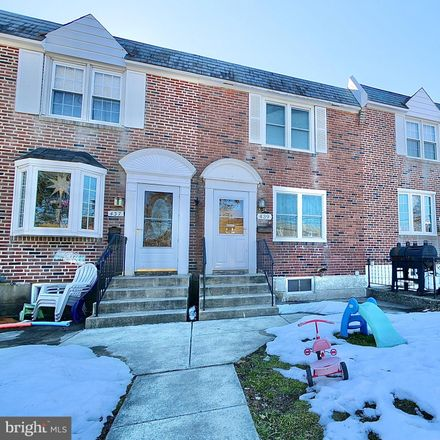 Rent this 3 bed townhouse on 439 Park Dr in Glenolden, PA