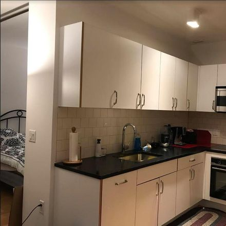 Rent this 0 bed apartment on Peru St in Staten Island, NY