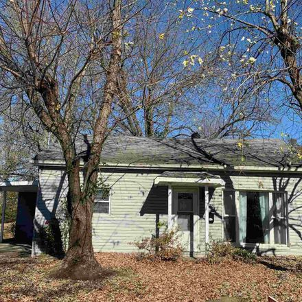 Rent this 3 bed house on 308 California Street in Crainville, IL 62918