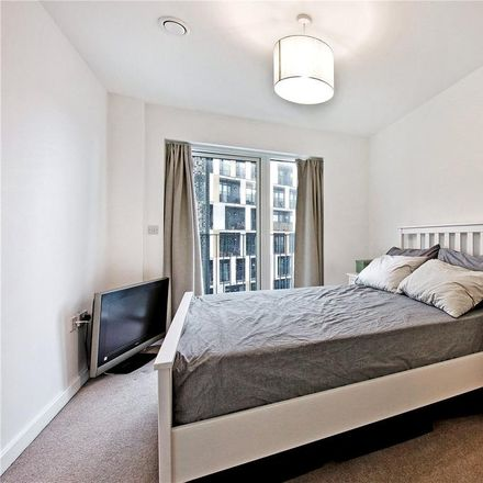 Rent this 1 bed apartment on Shacklewell in London, United Kingdom