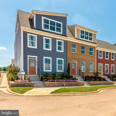 Rent this 4 bed townhouse on Frederick