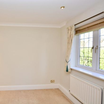Rent this 2 bed apartment on St. George's Avenue in Elmbridge KT13 0DQ, United Kingdom