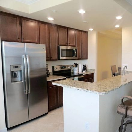 Rent this 2 bed condo on Palm Aire Cir in Bradenton, FL