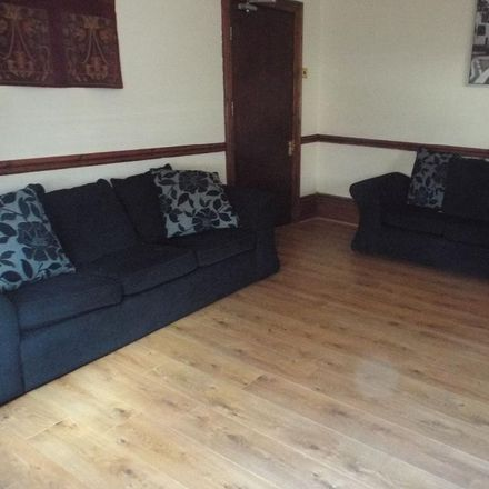 Rent this 5 bed house on Manor House Road in Newcastle upon Tyne NE2 2LU, United Kingdom