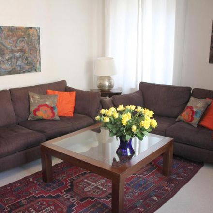Rent this 4 bed house on 62 Grafton Way in London W1T 5DA, United Kingdom
