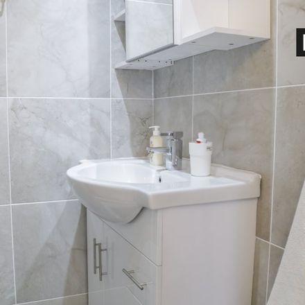 Rent this 0 bed apartment on 69 Rathgar Road in Rathgar, Dublin