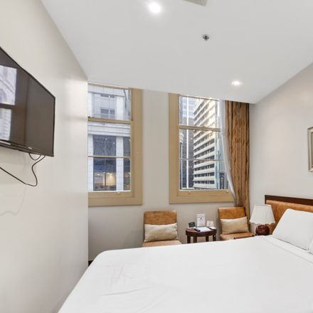 Rent this 1 bed apartment on Studio/15-17 Hunter Street
