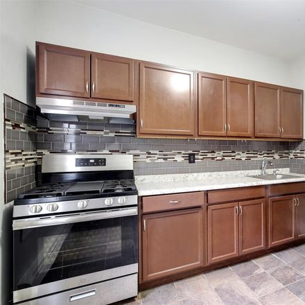 Rent this 2 bed condo on Baldwin Ave in Jersey City, NJ