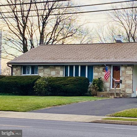 Rent this 3 bed house on 155 W County Line Rd in Hatboro, PA
