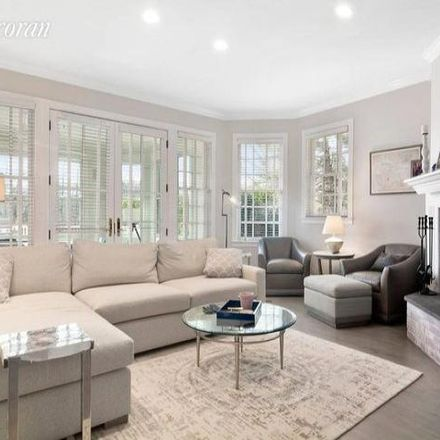 Rent this 8 bed house on 9 Turtle Lane in Quogue, NY 11959