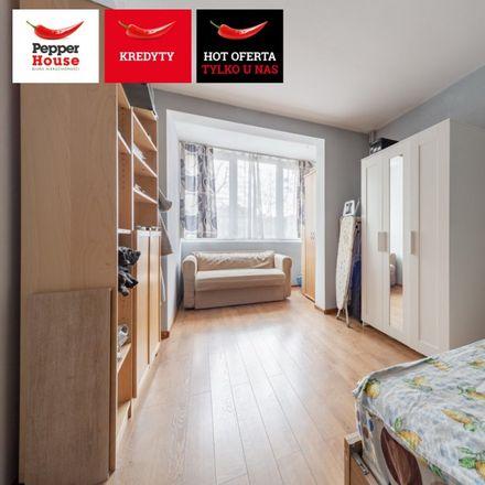 Rent this 2 bed apartment on Szkoła Podstawowa nr 67 in Żabi Kruk, 80-823 Gdansk
