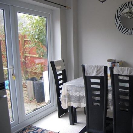 Rent this 3 bed house on Fox Hollow in Oadby and Wigston LE2 4QY, United Kingdom