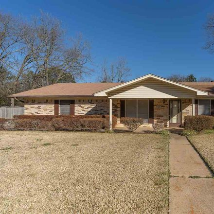 Rent this 3 bed house on 1301 Eva Drive in Longview, TX 75605
