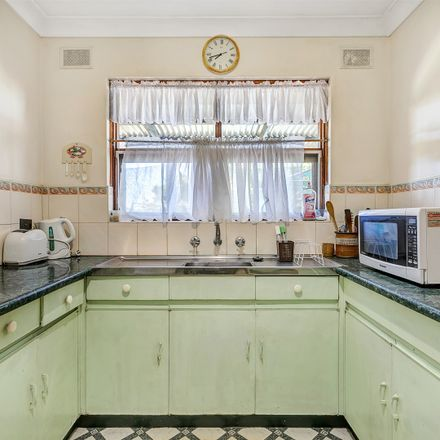 Rent this 3 bed house on 25 Trinidad Way