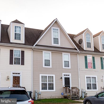 Rent this 3 bed townhouse on 9522 Sea Gull Court in North Beach, MD 20714