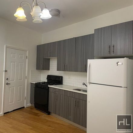 Rent this 3 bed townhouse on Flatbush Avenue in New York, NY 11234